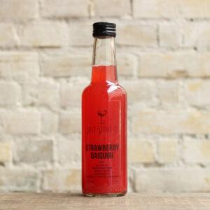 Produktbillede af Strawberry Daiquiri cocktail på flaske