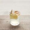 Ginger Juice serveret i cocktailglas