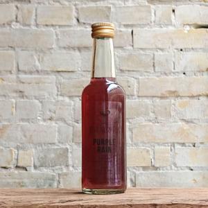 Produktbillede af Purple Rain cocktail på flaske